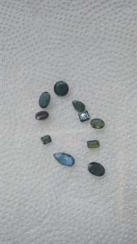 Vendo pedras preciosas