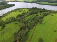 Fazenda beira de represa com 3 nascentes e benfeitorias no Triângulo Mineiro