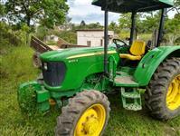 Trator John Deere 5055 4x2 ano 16