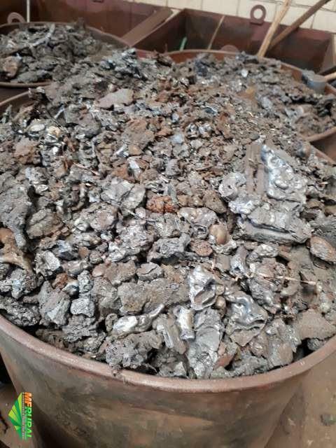 Sucatas e Borras de aço e ferro
