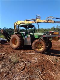 Carregador Florestal com grua 7.60