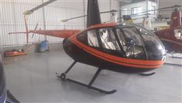 Helicóptero R-4