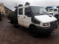 Iveco daily 3513 4x4 cab dupla com carroceria
