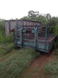 Carroceria de 6,5mt para equipamento roll lon/off