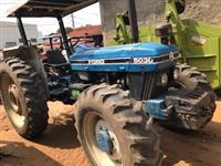Trator Outros New Holland 4x4 ano 95