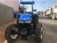 Trator New Holland TT 3840
