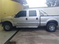 f-250 xlt  cd motor cummis 4x4  troco por cavalo mecânico ou caminhão com divida ou sem