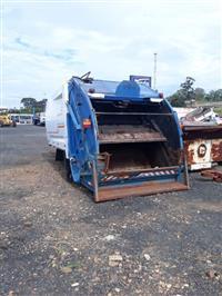 Caçamba compactadora de lixo, 14 mts cúbicos, usada