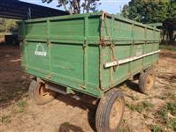 Carreta de madeira 4.000kg