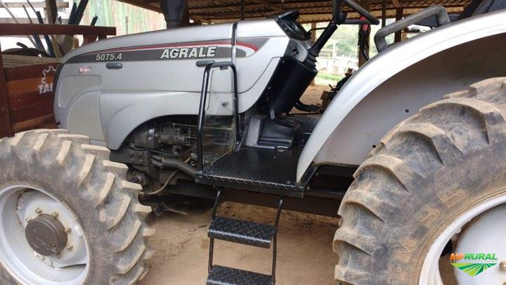 Trator Agrale 5075 4x4 ano 15
