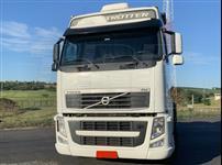 Caminhão Volvo FH 420 ano 13