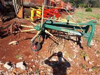 Ancinho Enleirador Agroforn AF 320