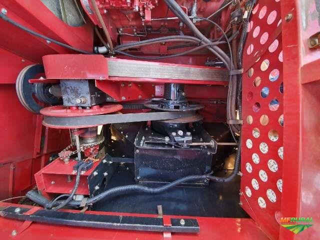 Colheitadeira Case 2688 com plataforma 3020 30 pés e AFS700 PRO