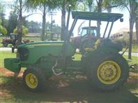 Trator John Deere 5425N 4x4 ano 12