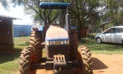 Trator New Holland TT 3840 4x4 ano 14