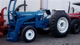 Trator Ford/New Holland 6600 4x2 ano 82