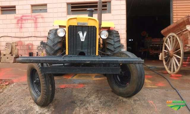 Trator Outros Valtra/Valmet 4x2 ano 80