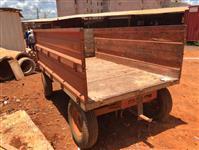 Carreta Tipo Reboque Agricola Plataforma Graneleira com 2 Eixos Capacidade 4.000 Kgs