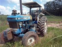 Trator Ford New Holland 6630 4x2 ano 97