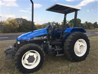 Trator New Holland TL 80 4x4 ano 01