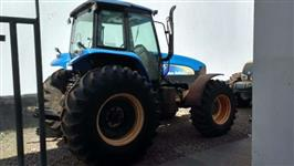 Trator New Holland TM 7040 4x2 ano 11