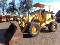 Pá Carregadeira Cat 930 Ano 1982
