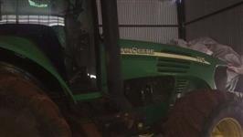 Trator John Deere 7715 4x4 ano 13