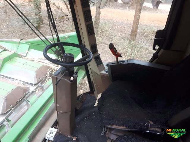 Colheitadeira JD 1450 Hydro / com 2 plataformas de milho e soja