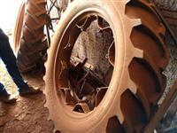 Par de rodas finas para pulverização 12.4-38 ( trator Ford )
