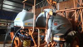Pulverizador Advance 3000 JACTO / comando a cabo e VORTEX