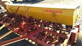 Plantadeira Semeato 16 Linhas