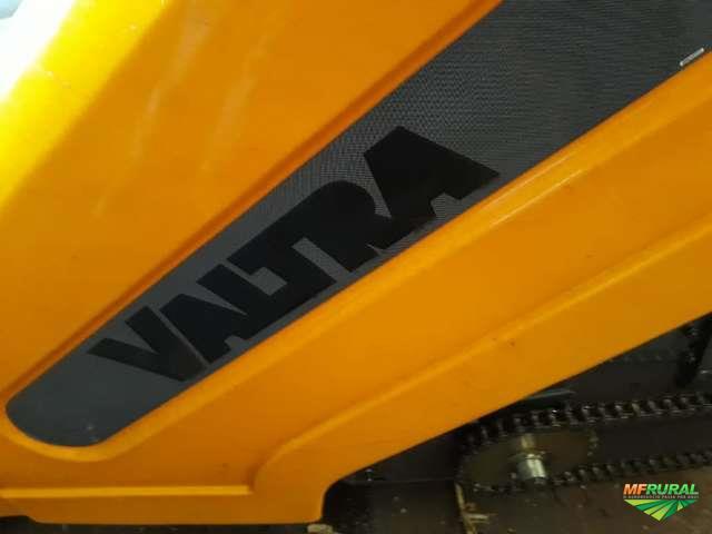 Plataforma de milho 9 linhas de 45, marca VALTRA