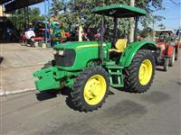 Trator John Deere 5065 4x4 ano 12