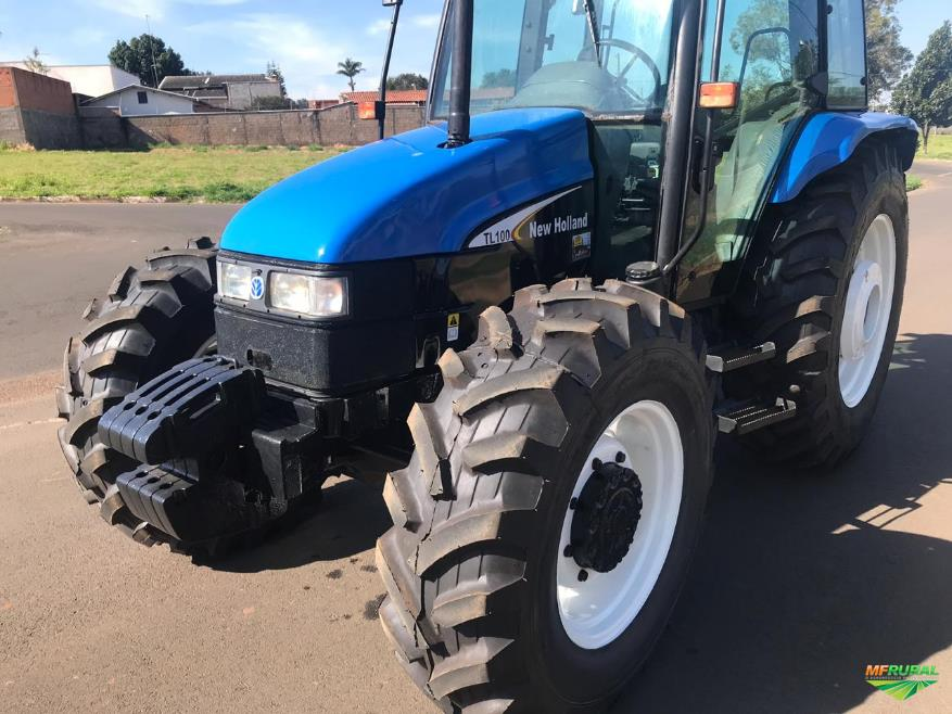 Trator New Holland TL 100 4x4 ano 03