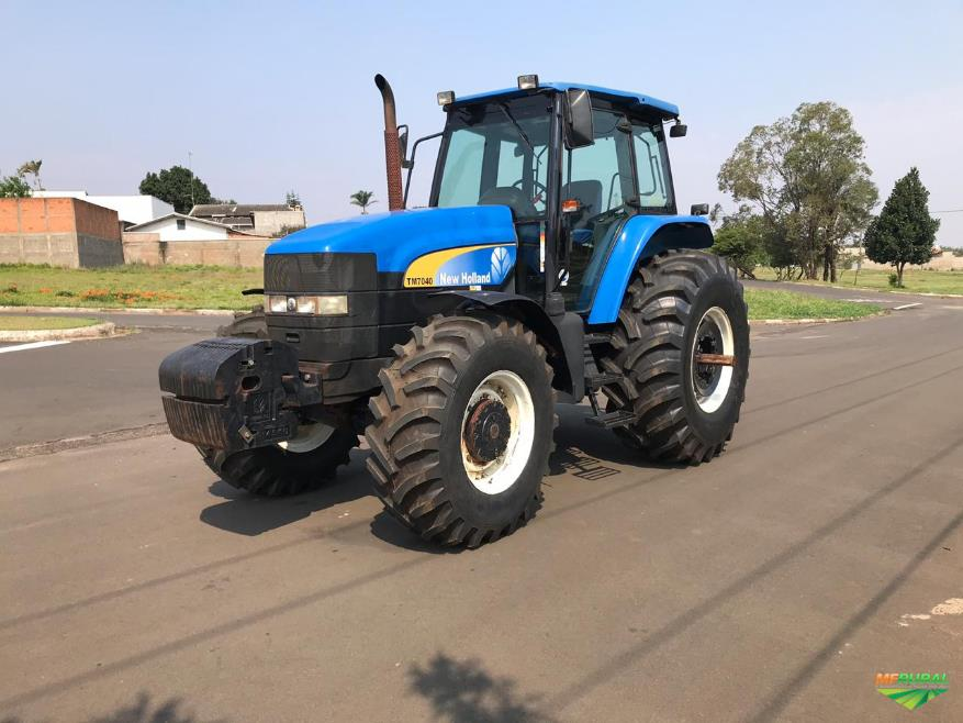 Trator New Holland TM 7040 4x4 ano 13