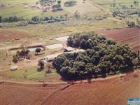Indústria de farinha de mandioca.