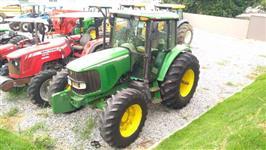 Trator John Deere 6415 4x4 ano 06