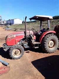 Trator Agrale 5075 4x4 ano 13