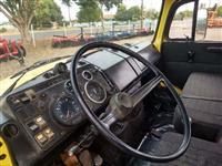 Caminhão Mercedes Benz (MB) L 2014 ano 89