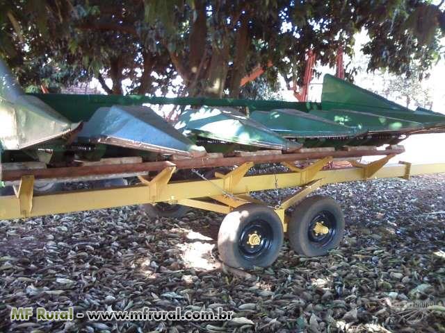 plataforma de milho joondeer 6 linhas mais carreta de transporte