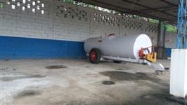 carreta tanque  agrícola 6000 l c bomba