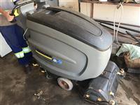Lavadora e Secadora de Pisos Karcher B60W BP Industrial