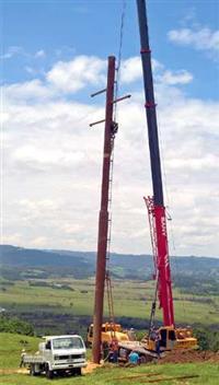 AçoPoste® destaca-se pela sua praticidade de montagem, transporte, durabilidade, resistência de topo