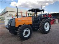Trator Valtra/Valmet BM 110 4x4 ano 03