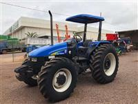 Trator New Holland TL 95 E 4x4 ano 08