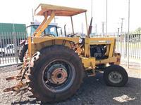 Trator Cbt 2600 4x2 ano 88