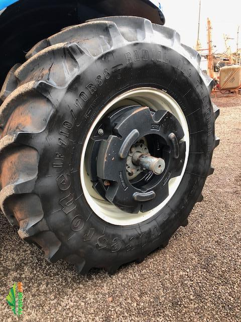 Trator New Holland T7.245 4x4 ano 13