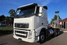 Caminhão  Volvo trucado pequenat entrada +  prestação 2900,00 sem burocracia   ano 12