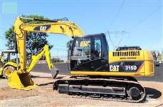 Escavadeira Caterpillar Modelo 315DL Ano  2013 entrada 32mil
