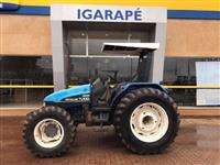 Trator New Holland TL 100 4x4 ano 01